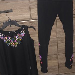 Stretchy long sleeve and matching leggings